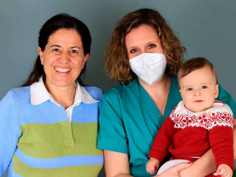 María en Miguel met Dr. Esther Marbán Tambre